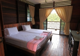 accommodation-chalet4.jpg